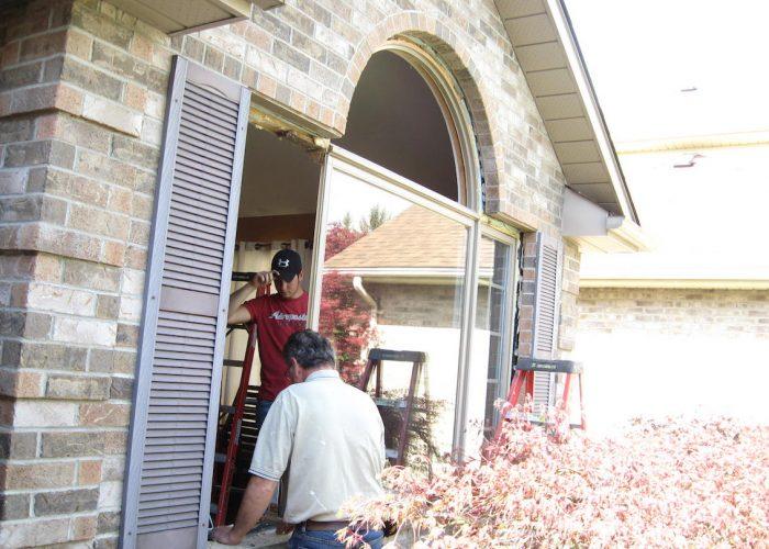 bay window replacement Stephenson Windows 1